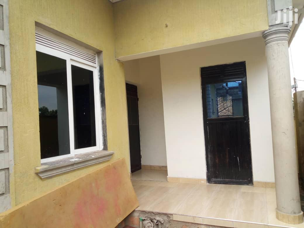 Archive: Three Bedroom House In Munyonyo For Sale