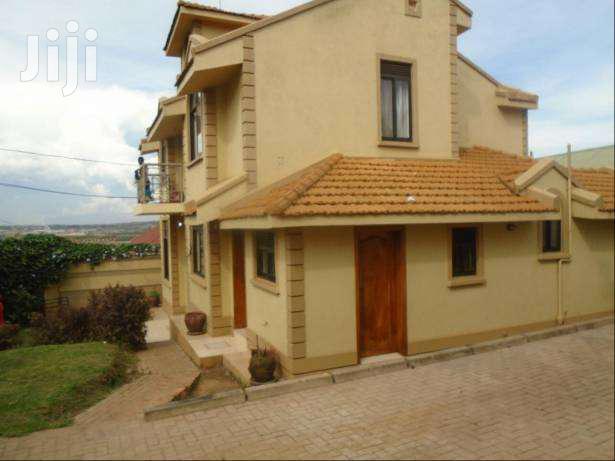 Three Bedroom In Kirinya Bweyogerere For Sale