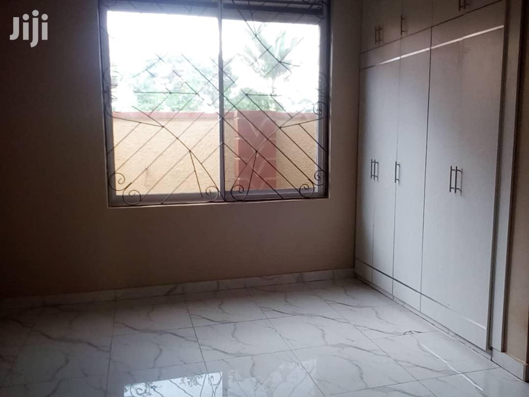 Live a Millionaire Lifestyle in This 4bedroom Home at Kajjansi Bweya | Houses & Apartments For Sale for sale in Kampala, Central Region, Uganda