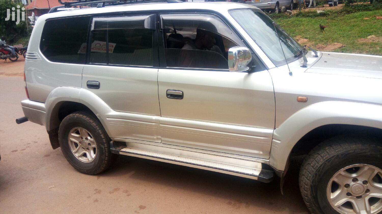 Archive: Toyota Land Cruiser Prado 1998 Silver