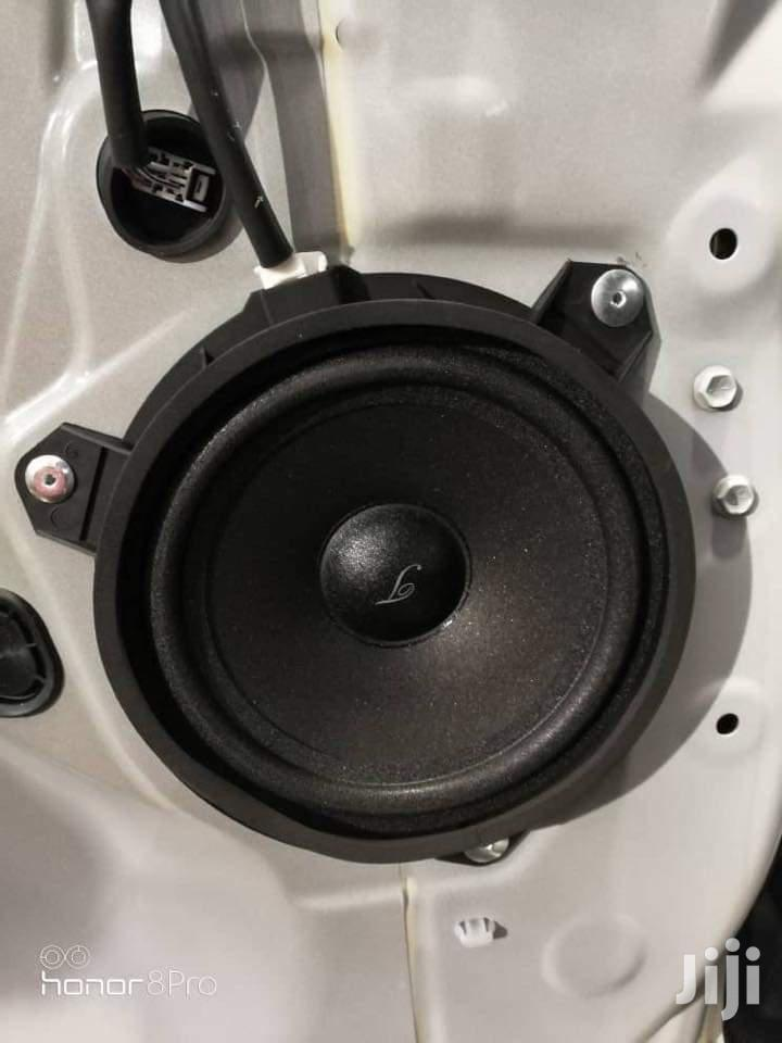 Pair Speakers