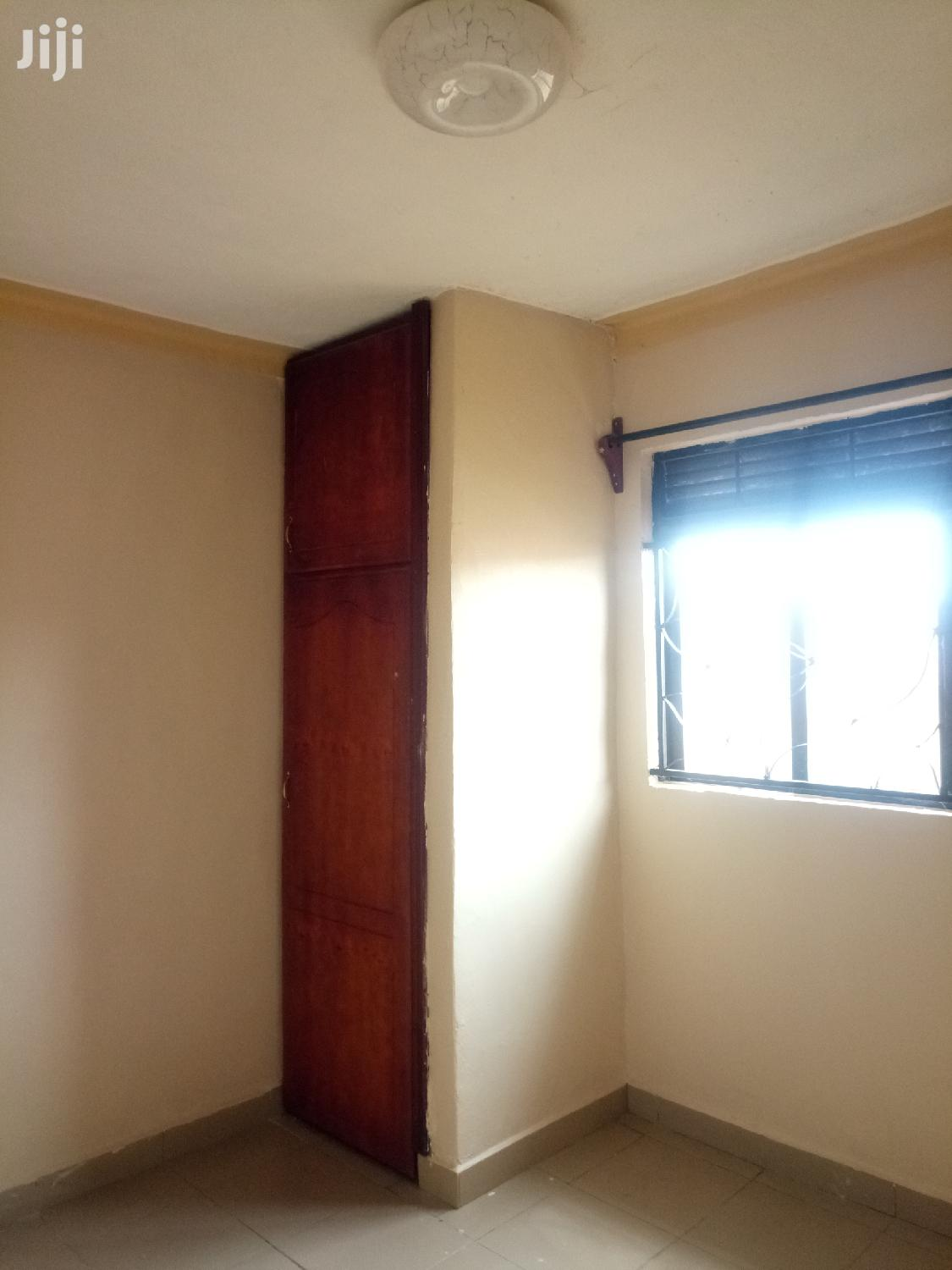 Clean Double Rooms for Rent in Bukoto
