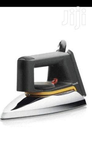 Saachi Nonstick Dryflat Iron