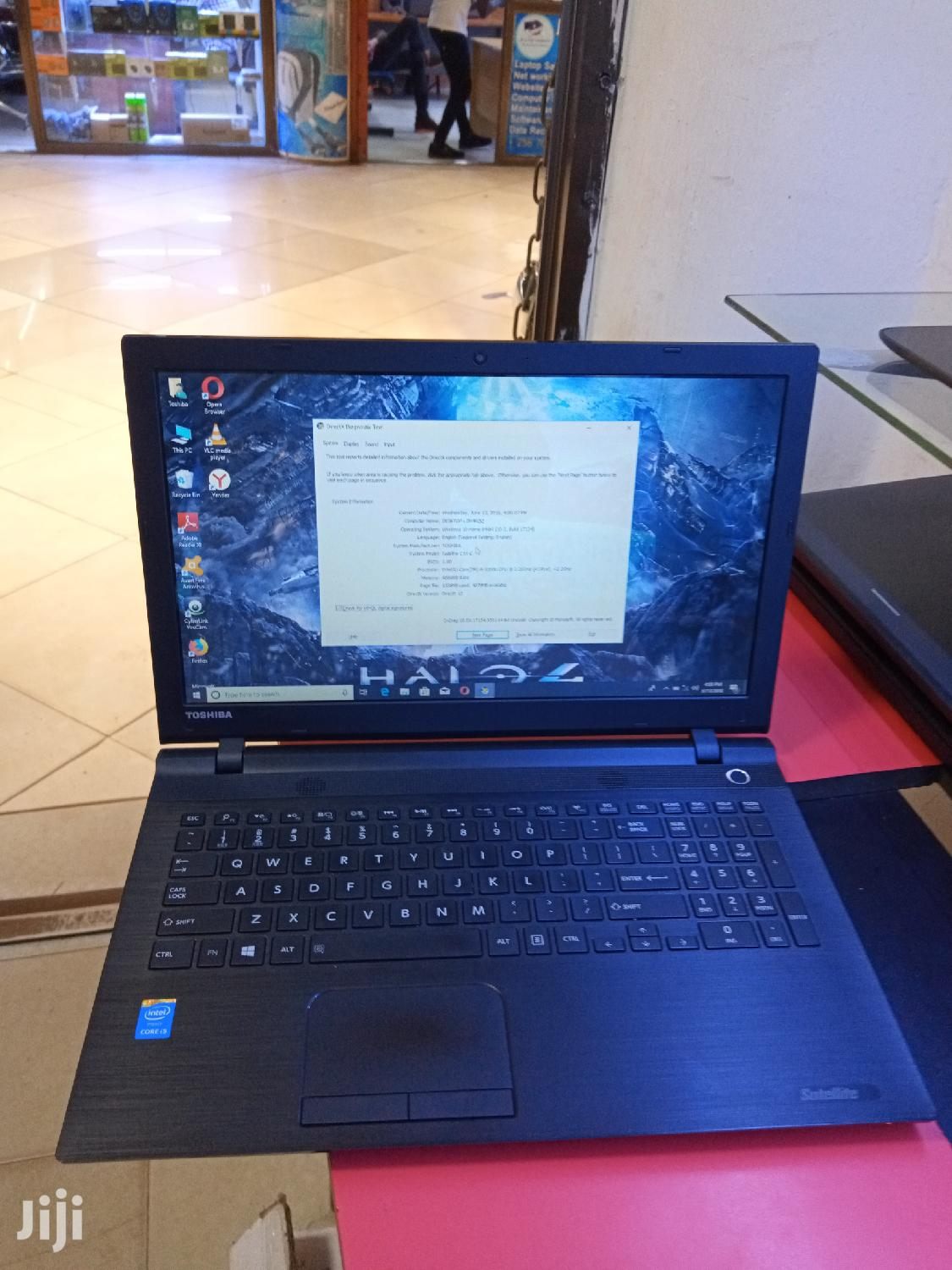 Laptop Toshiba Satellite C55 4GB Intel Core i5 HDD 500GB