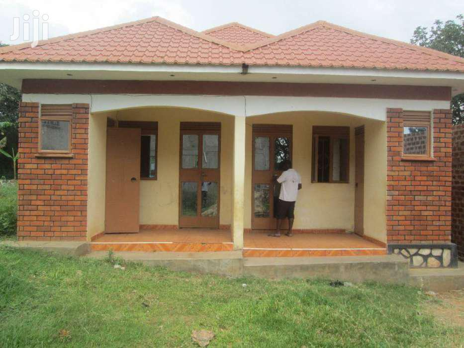 A  Self Contained Double  In Bweyogerere- Kirinya.