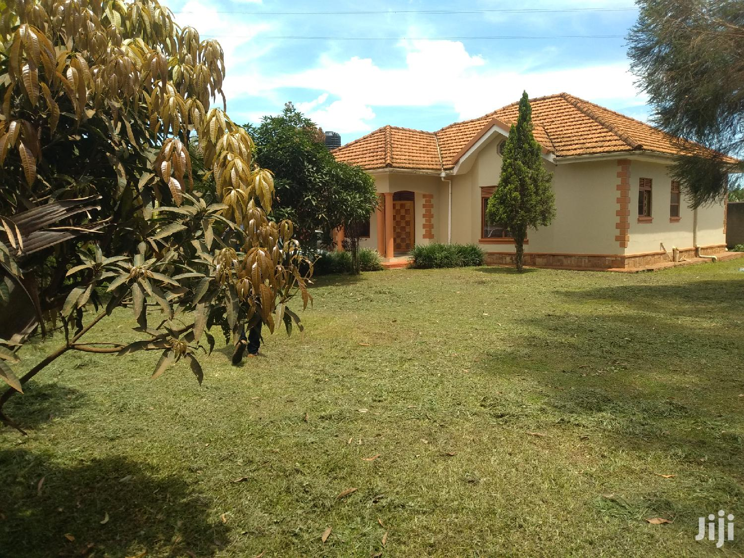 First Lane House for Sale in Kira With Ready Land Title   Houses & Apartments For Sale for sale in Kampala, Central Region, Uganda