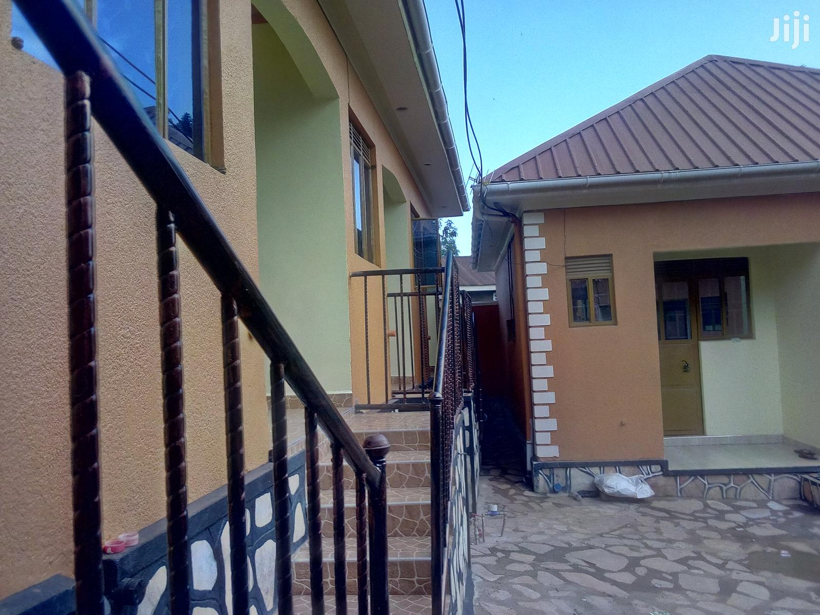 Very Nice Self Contained Single Room For Rent In Heart Of Makindye