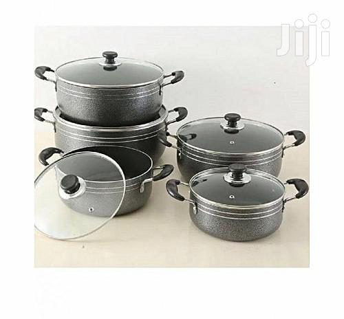 Archive: Aluminium Non-Stick Cooking Pots - 5pcs - Black