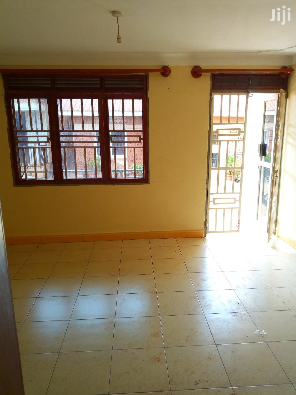 An Apartment 2bedrooms 2 Toilet in Mutungo Up Hill | Houses & Apartments For Rent for sale in Kampala, Central Region, Uganda