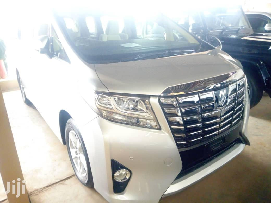 New Toyota Alphard 2017 Silver