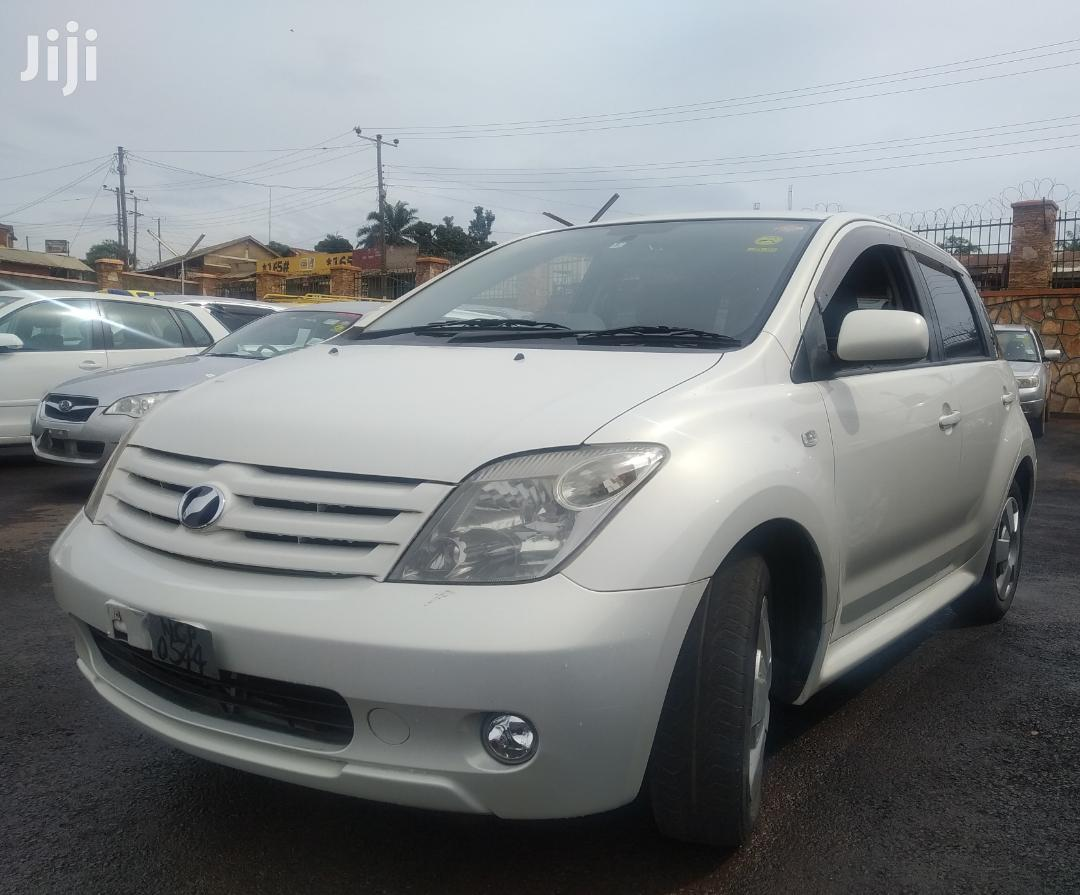 New Toyota IST 2006 White | Cars for sale in Kampala, Central Region, Uganda