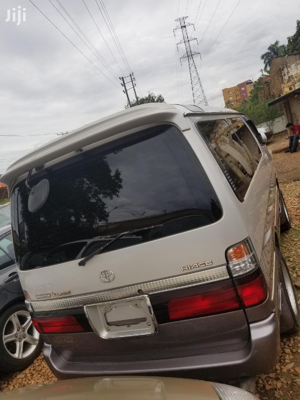 Toyota Hiace Super Custom Model 2001 | Buses & Microbuses for sale in Kampala, Central Region, Uganda
