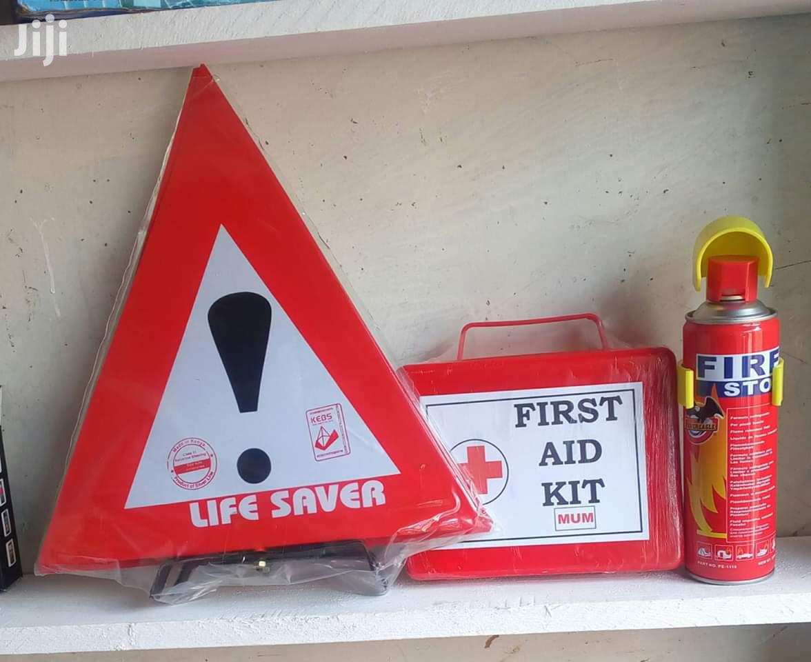 The Full Emergency First Aid Set