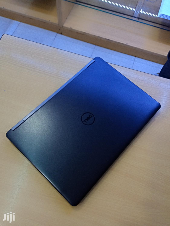 Archive: Laptop Dell Latitude 14 E5470 8GB Intel Core i7 SSD 500GB