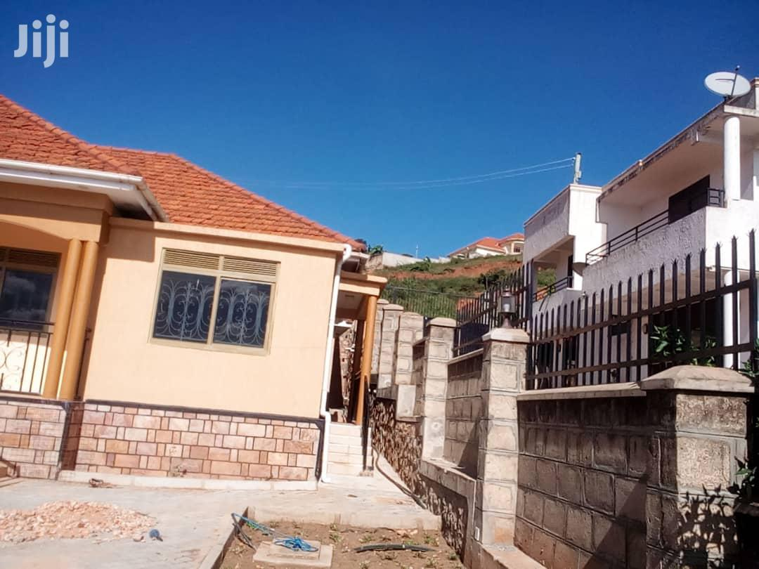 Archive: Three Bedroom House In Seguku Katale For Sale