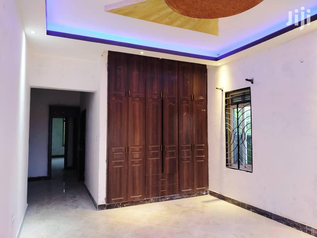 Kira High End Bangolow for Sale With Ready Land Title | Houses & Apartments For Sale for sale in Kampala, Central Region, Uganda