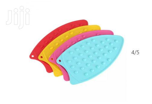 Archive: Hot Resistant 1pc Ironing Board/Pad Silicone