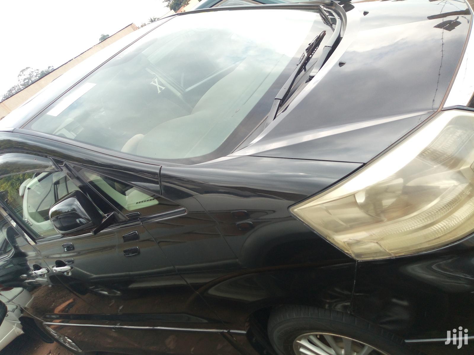 Archive: Toyota Alphard 2005 Black
