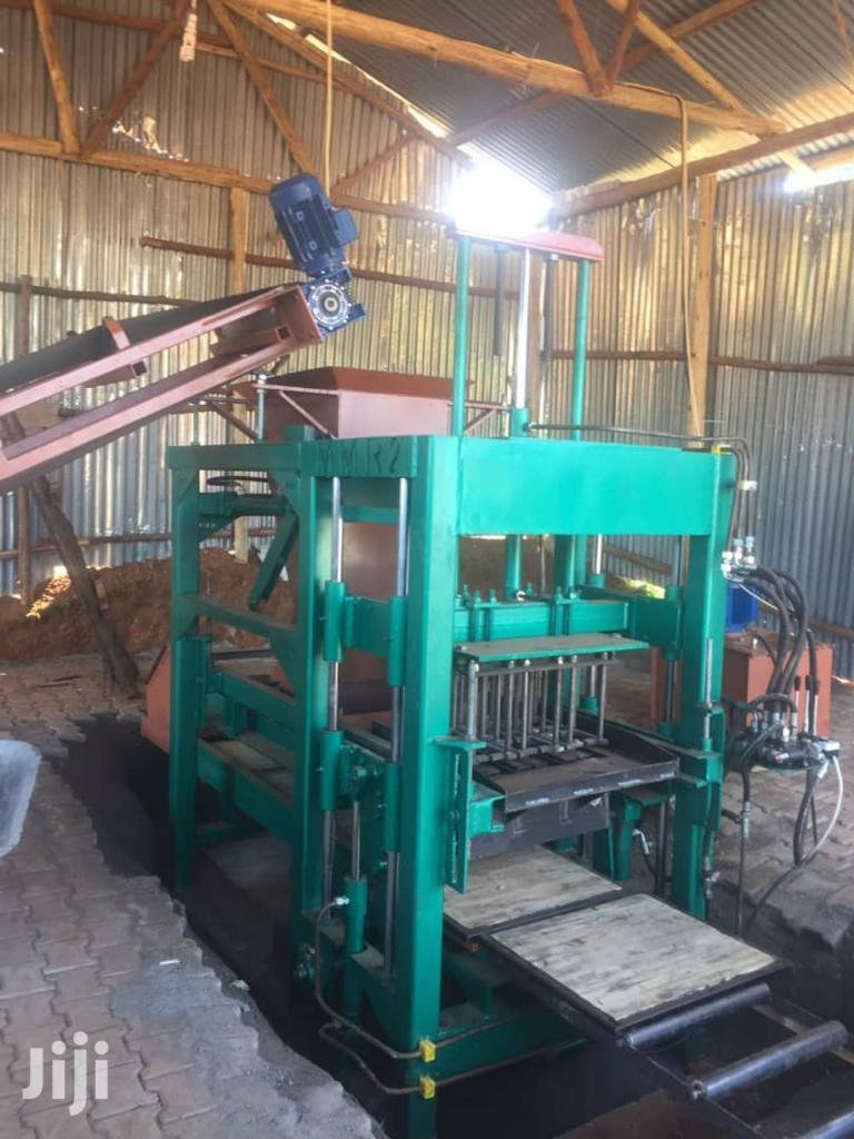 Hydraulic Feeding Hydraulic Press Block And Pavers Machine | Manufacturing Equipment for sale in Kampala, Central Region, Uganda