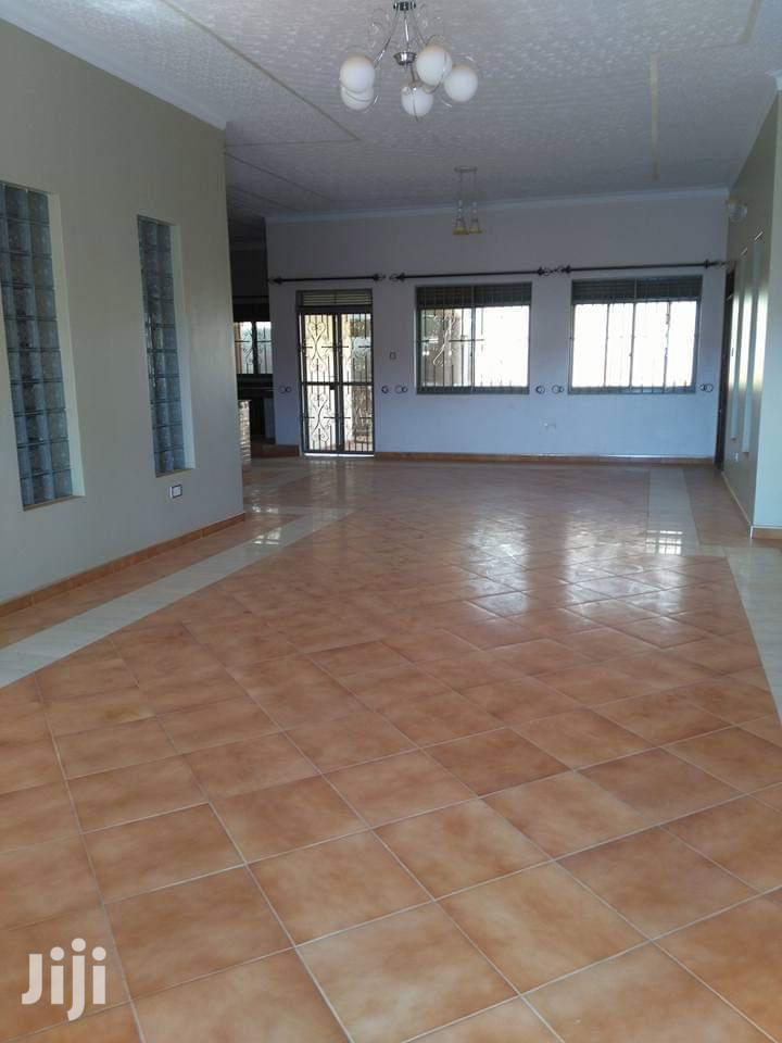 Five Bedrooms Mansion for Sale in Kira With Independent Quarters | Houses & Apartments For Sale for sale in Kampala, Central Region, Uganda