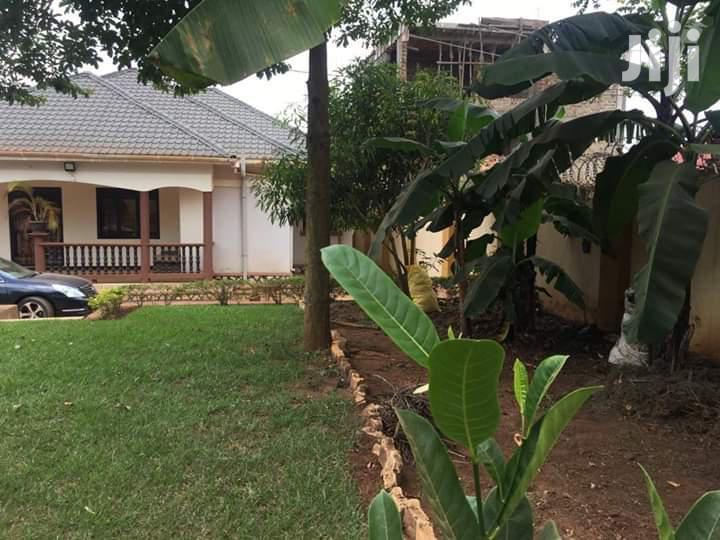 House for Sale in Kira-Nsasa.(Mamerito-Road)