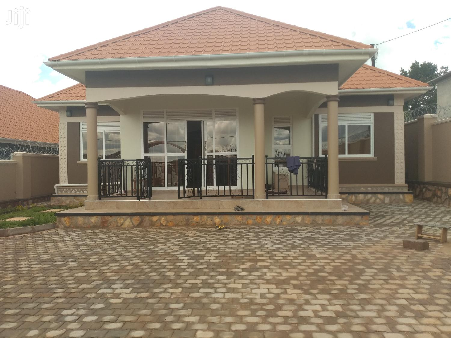 Namugongo Mogas House for Sale With Ready Land Title