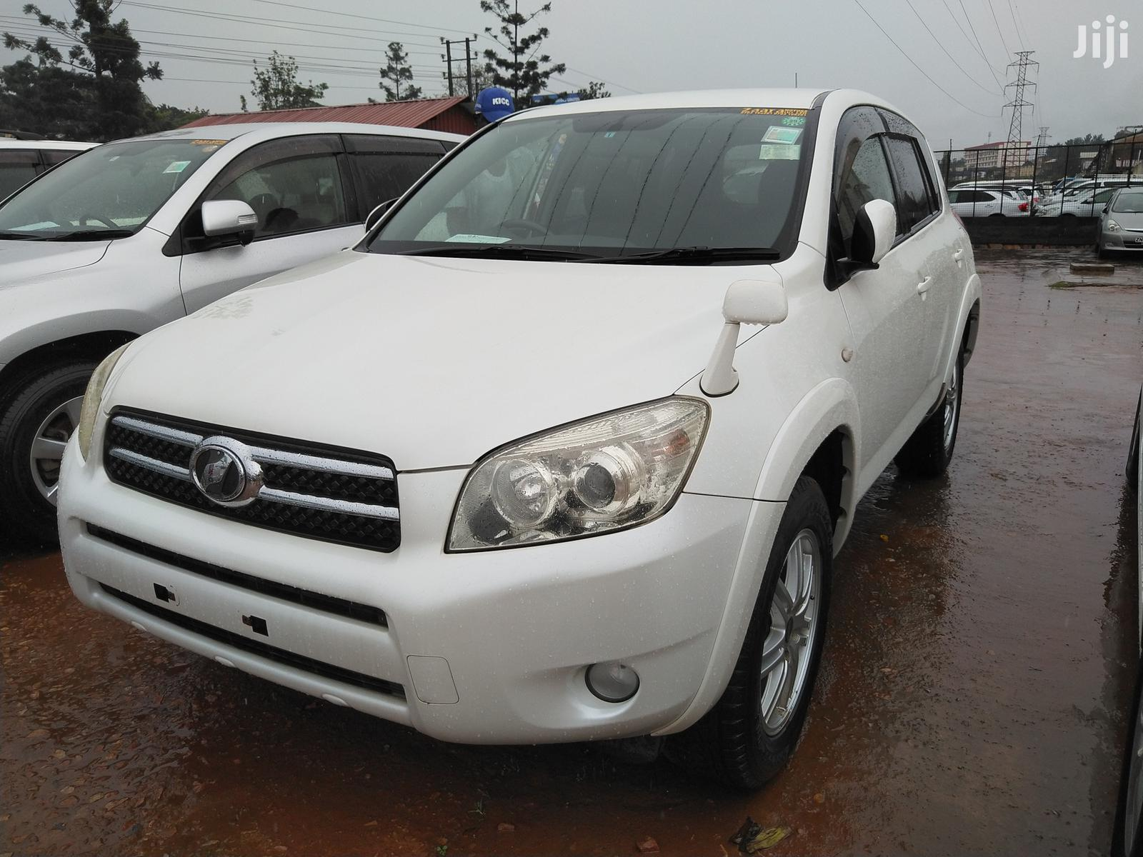 Archive: New Toyota RAV4 2006 White
