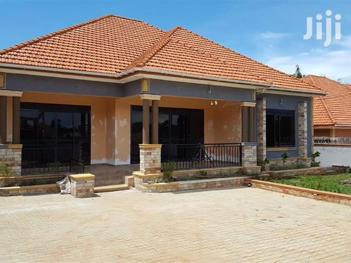 Kira Palace House Four Bedrooms With Ready Land Title for Sale | Houses & Apartments For Sale for sale in Kampala, Central Region, Uganda