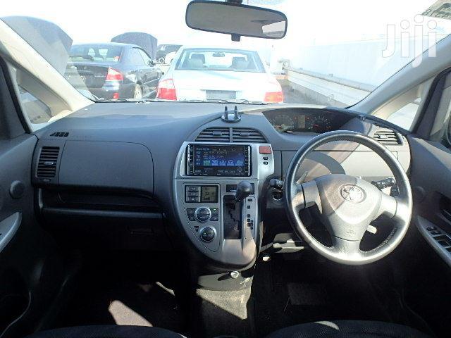 Archive: Toyota Ractis 2006 Black