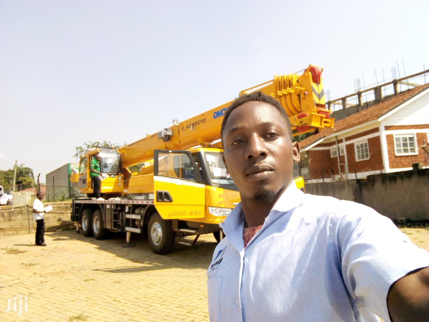 Cranes , Operators For Hire