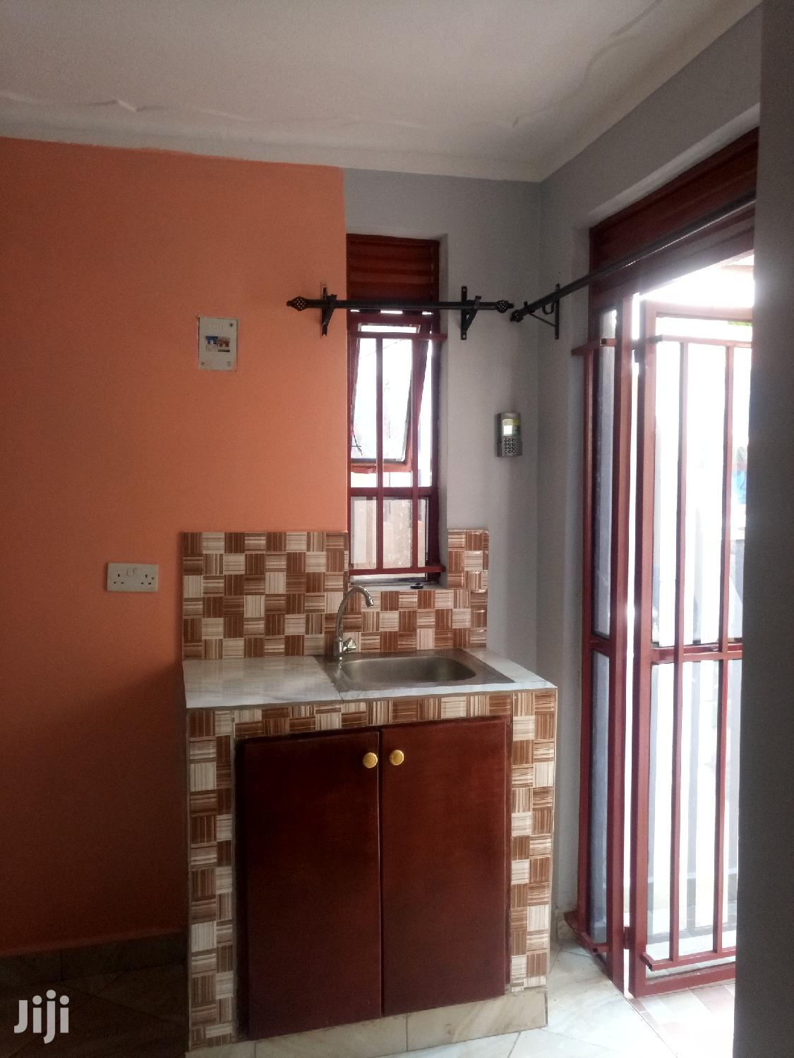 Amazing Studio Single Room for Rent in Kisaasi. | Houses & Apartments For Rent for sale in Kampala, Central Region, Uganda