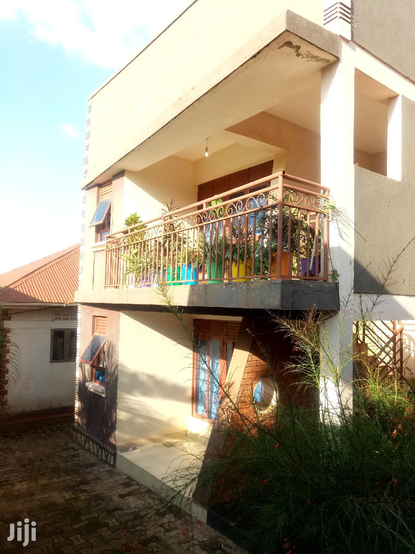Amazing Studio Single Room for Rent in Kisaasi.