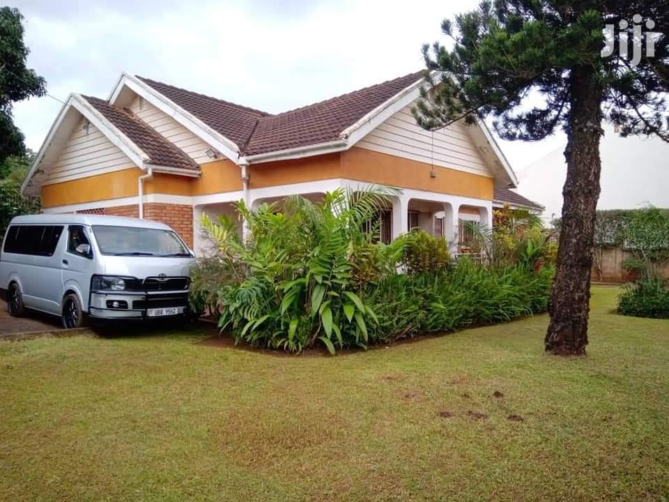 4bedroom Bungalow for Sale in Ntinda