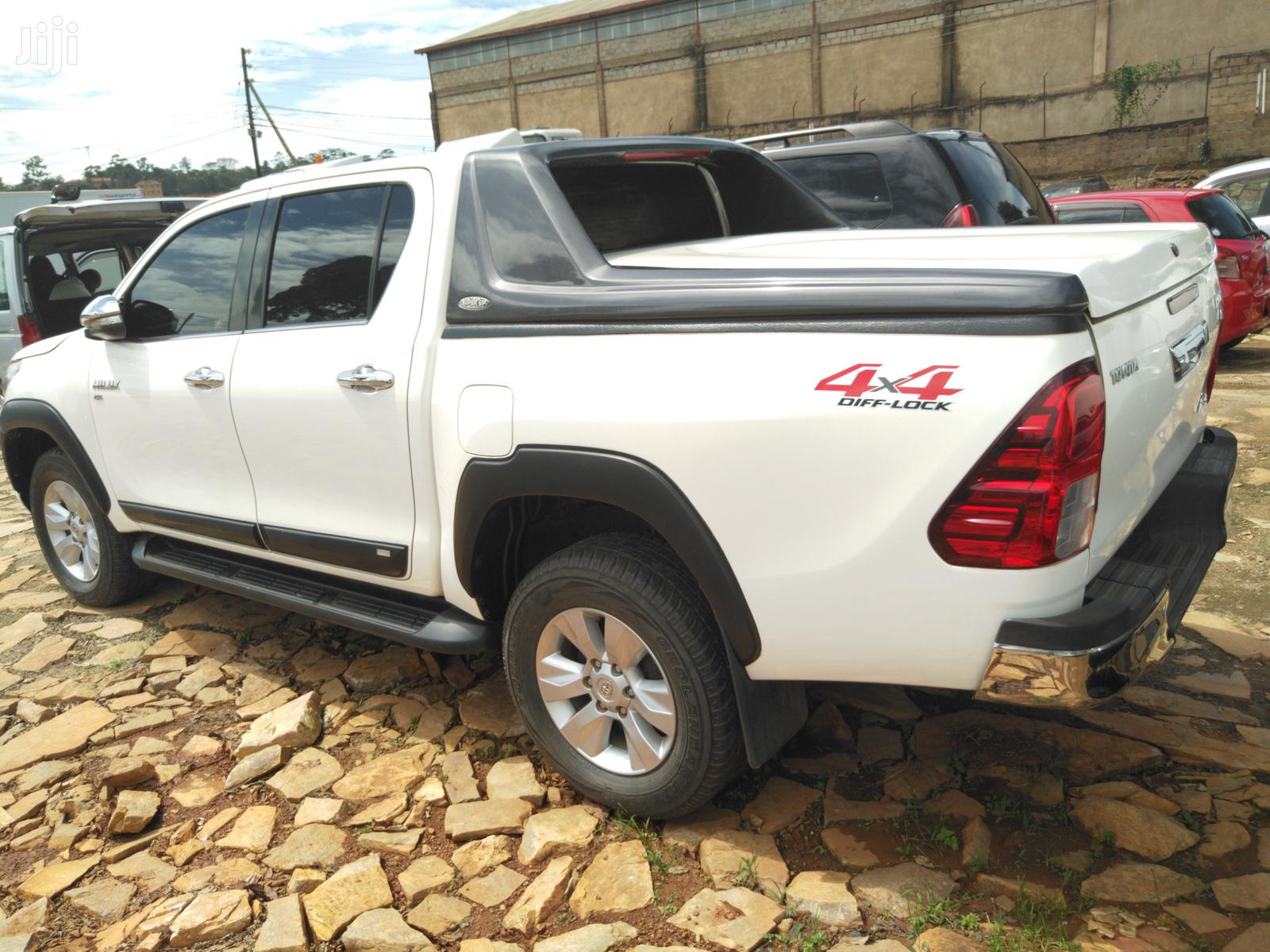 New Toyota Hilux 2015 White | Cars for sale in Kampala, Central Region, Uganda