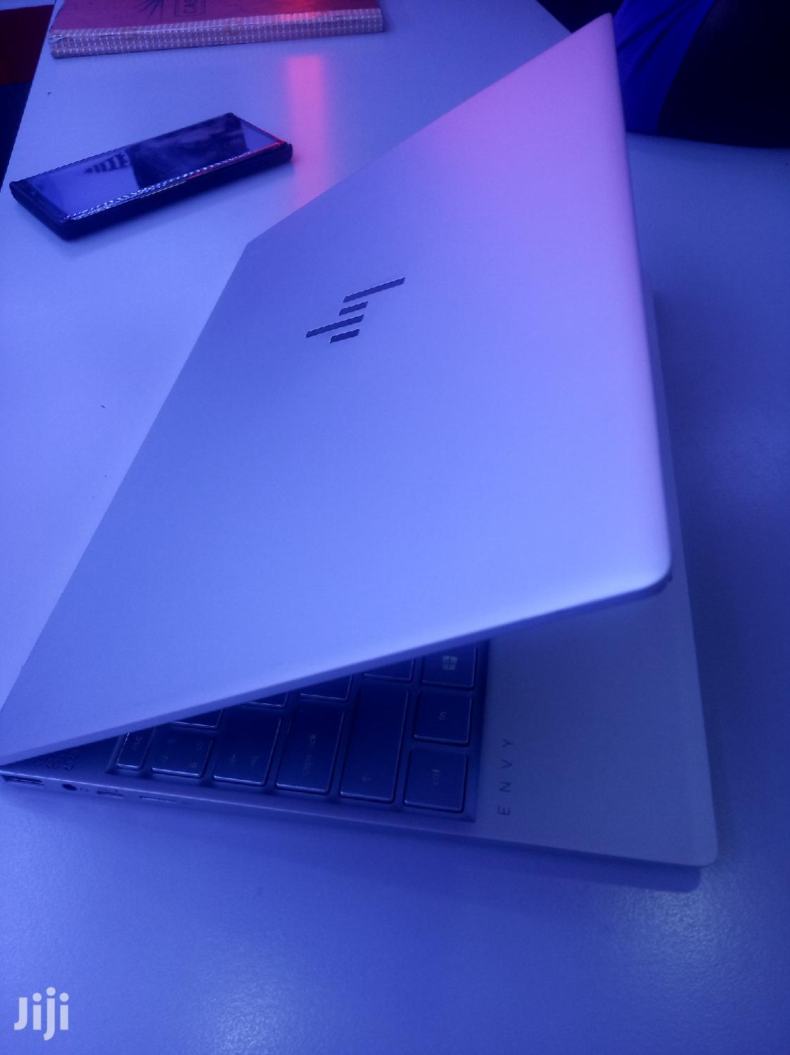 Archive: New Laptop HP Envy 13t 8GB Intel Core i5 SSHD (Hybrid) 256GB