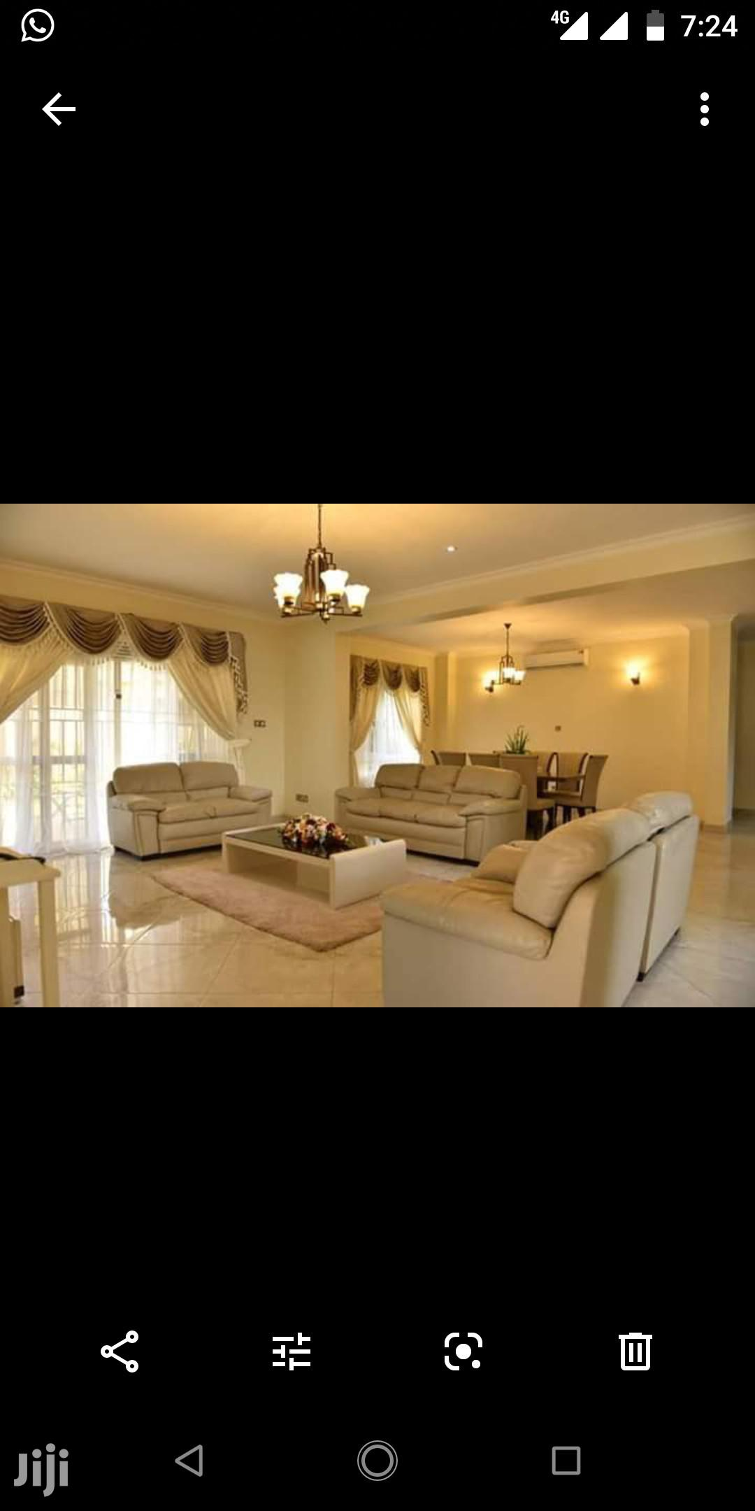 Archive: Munyonyo Mansion on Sale