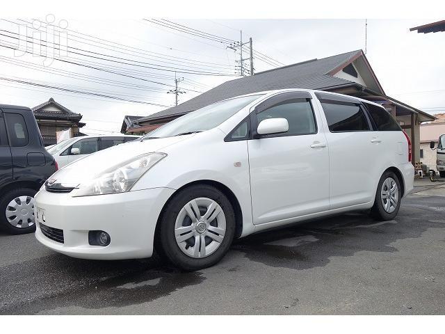 New Toyota Wish 2005 White