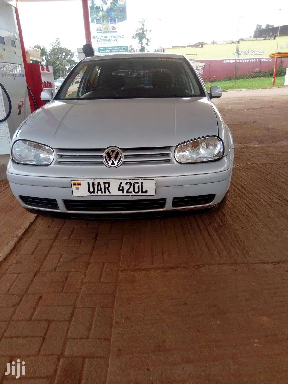 Archive: Volkswagen Golf 2002 Silver