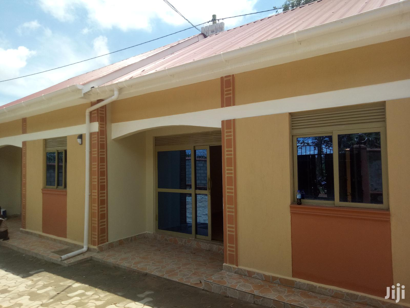 Double Room House In Kireka For Rent