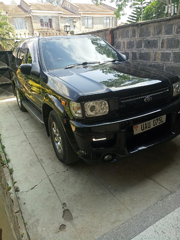 Archive: Nissan Pathfinder LE Platinum 4x4 2004 Black