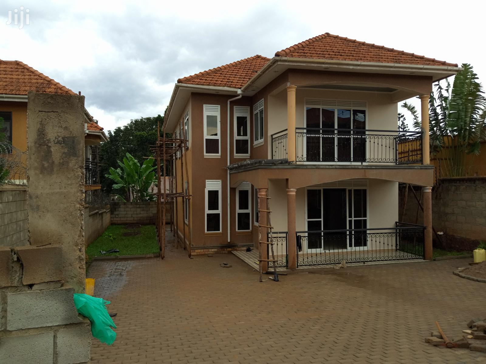 Deal, Naalya Brand New Mansion on Sale | Houses & Apartments For Sale for sale in Kampala, Central Region, Uganda