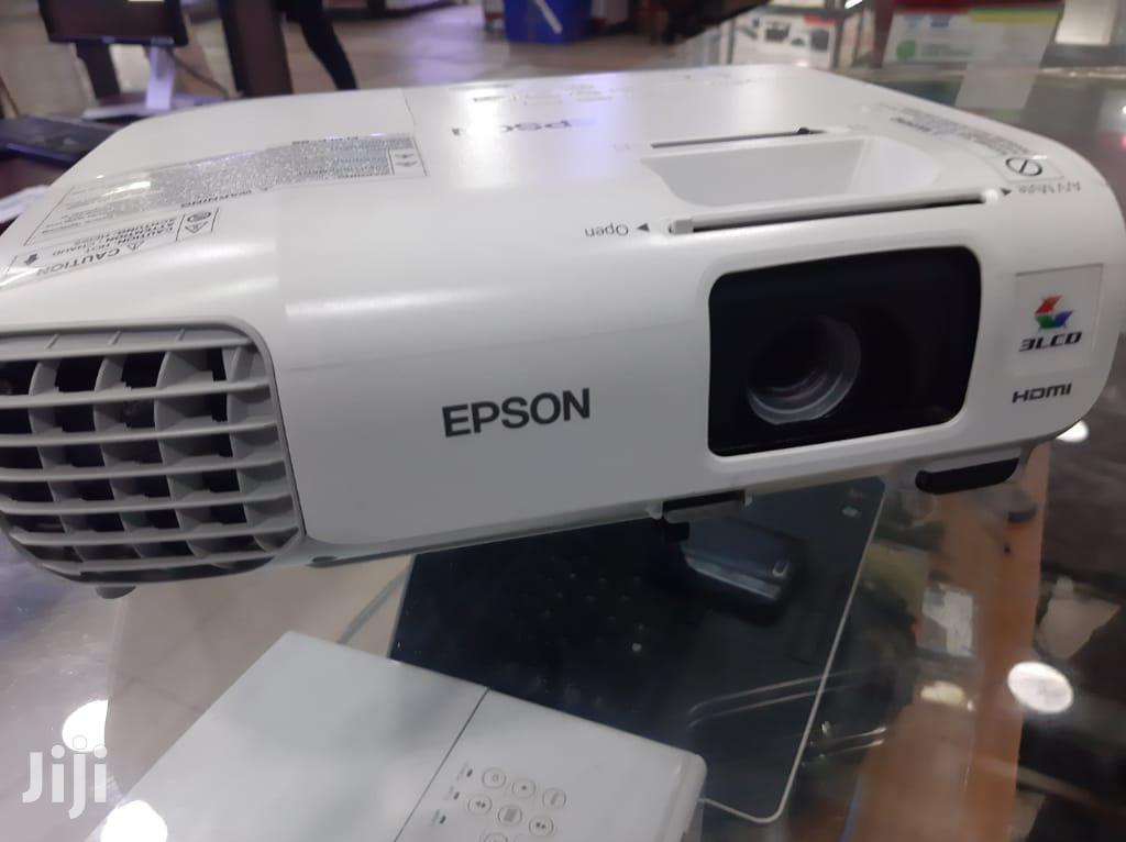 Archive: Projectors In All Types Sony ,Epson ,Sonya