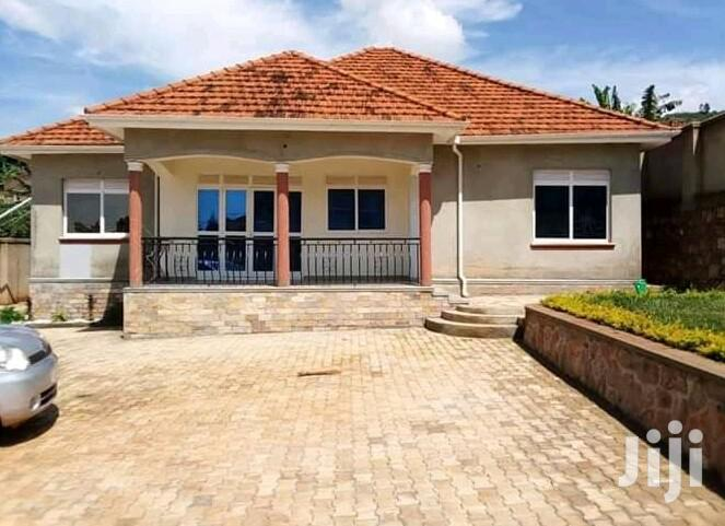 Three Bedroom House In Kitende Off Entebbe Road For Sale