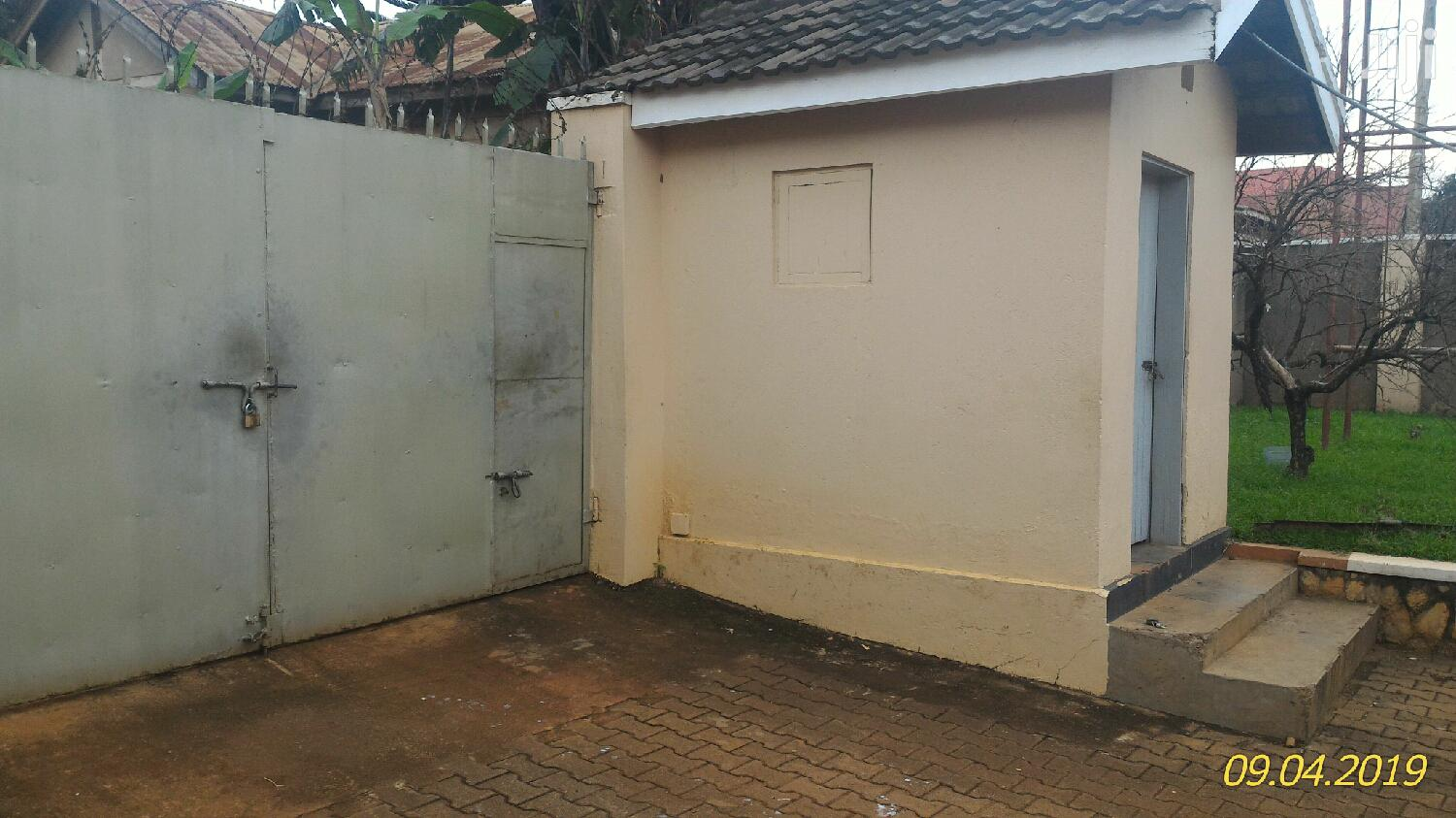 Bungalow for Sale Located on Mutungo Hill