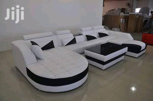 Clear Furniture Ug