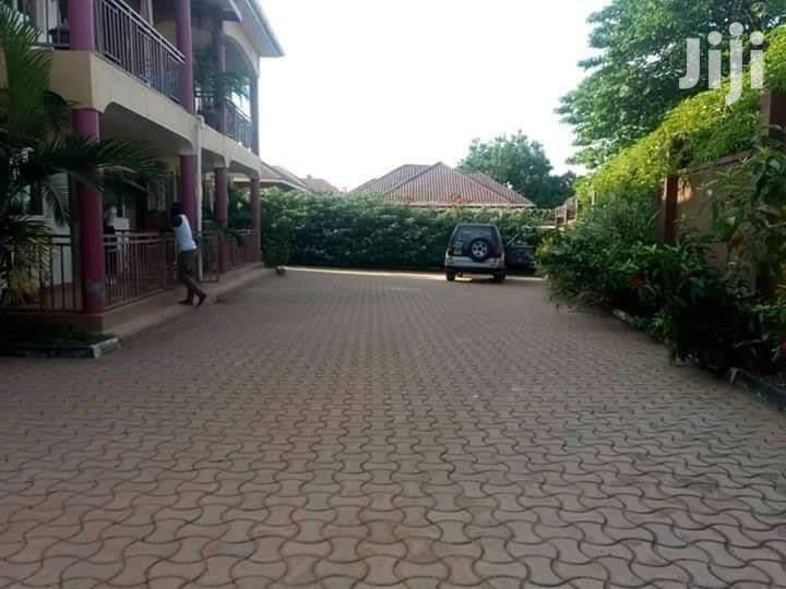 2bedroomed House In Bukoto For Rent