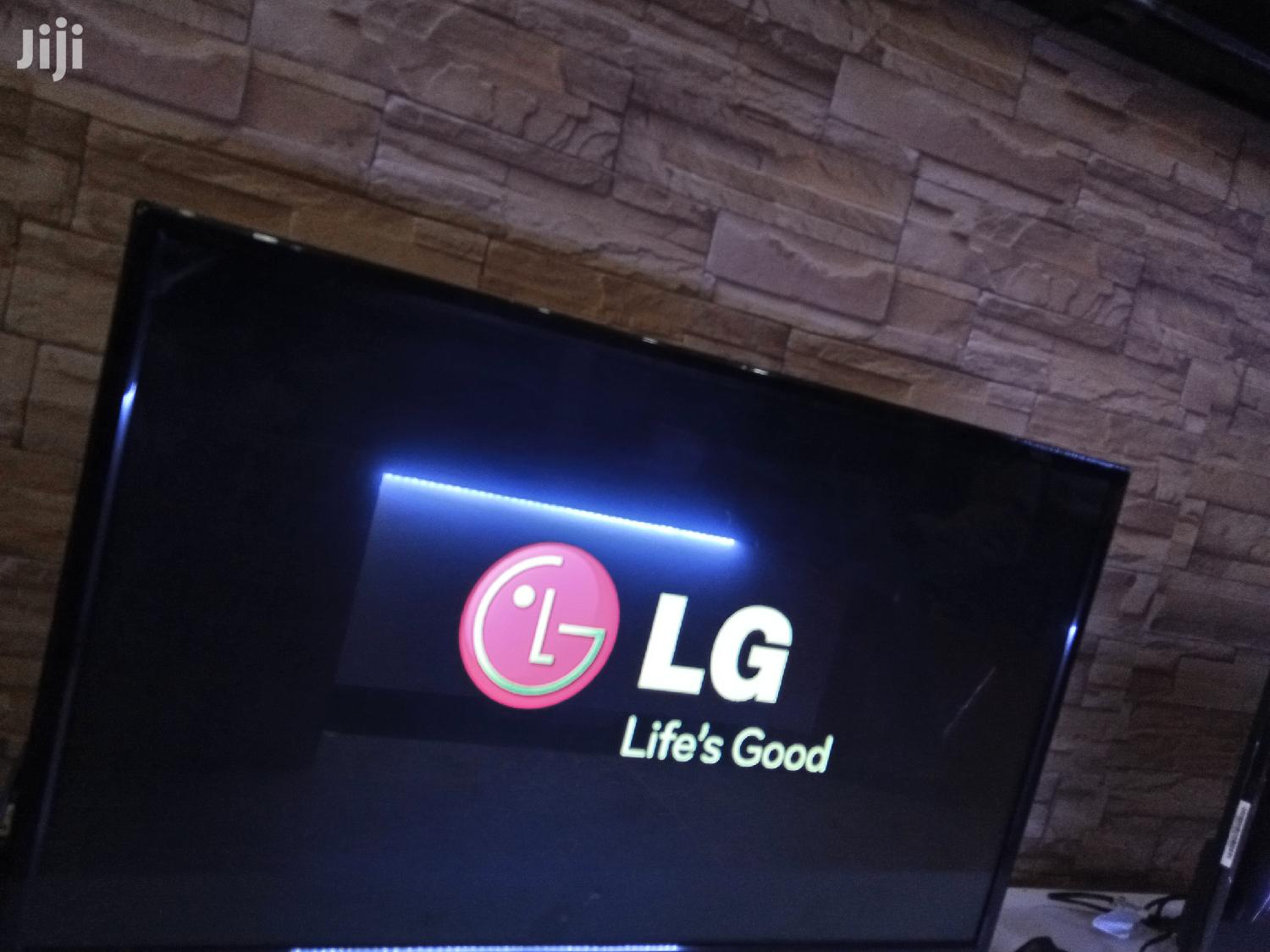 LG Flat Screen Tv 32inches | TV & DVD Equipment for sale in Kampala, Central Region, Uganda