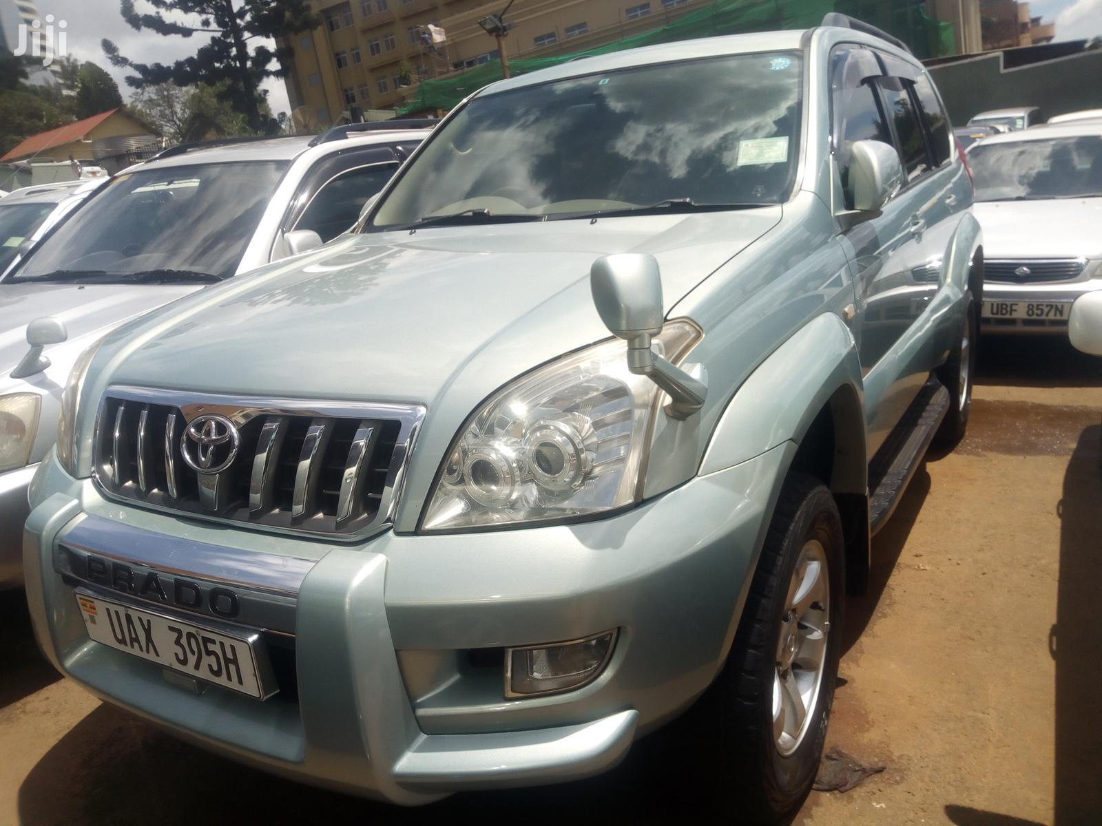 Toyota Land Cruiser Prado 2004 Blue