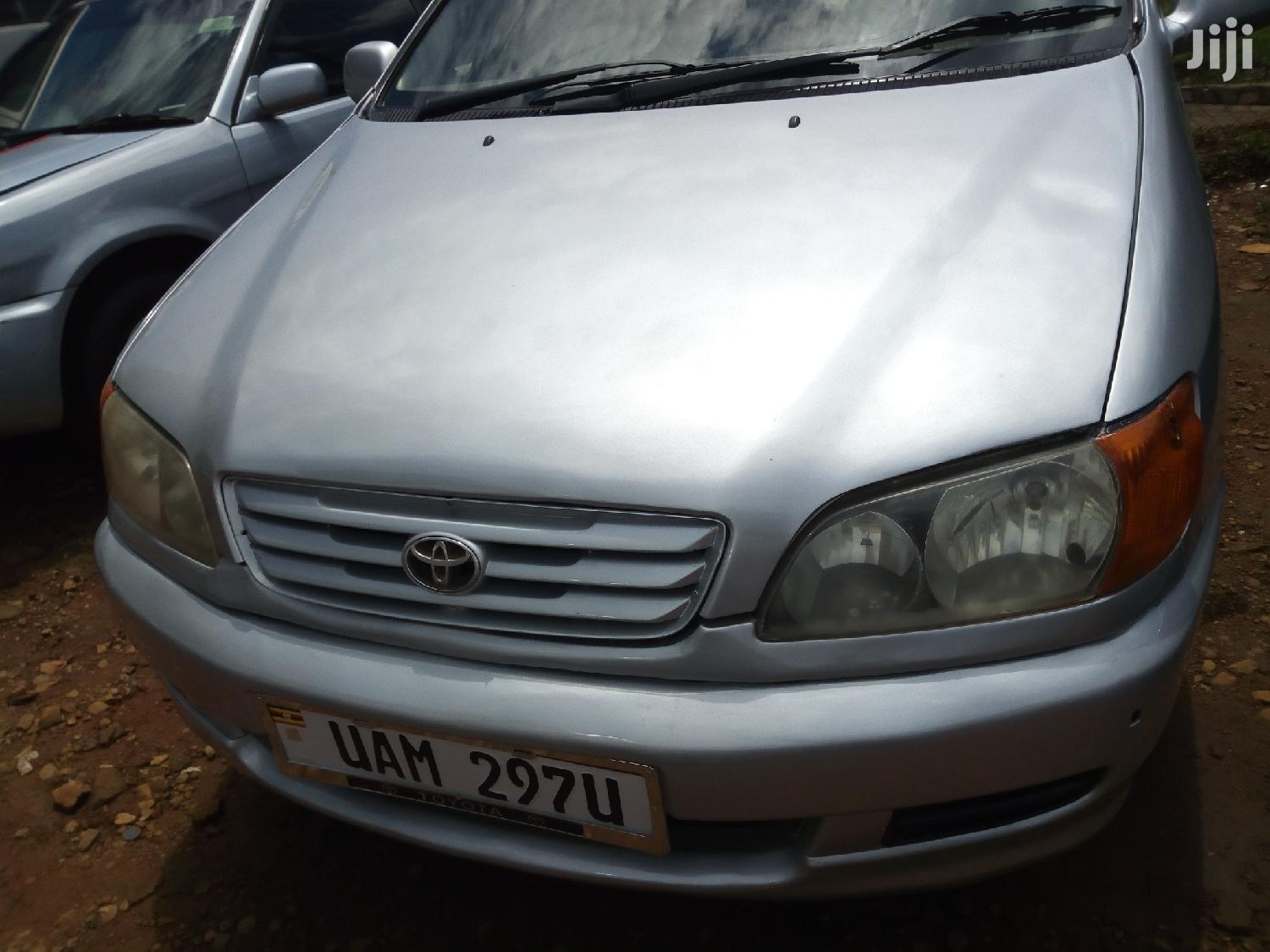 Toyota Ipsum 1997 Silver | Cars for sale in Kampala, Central Region, Uganda