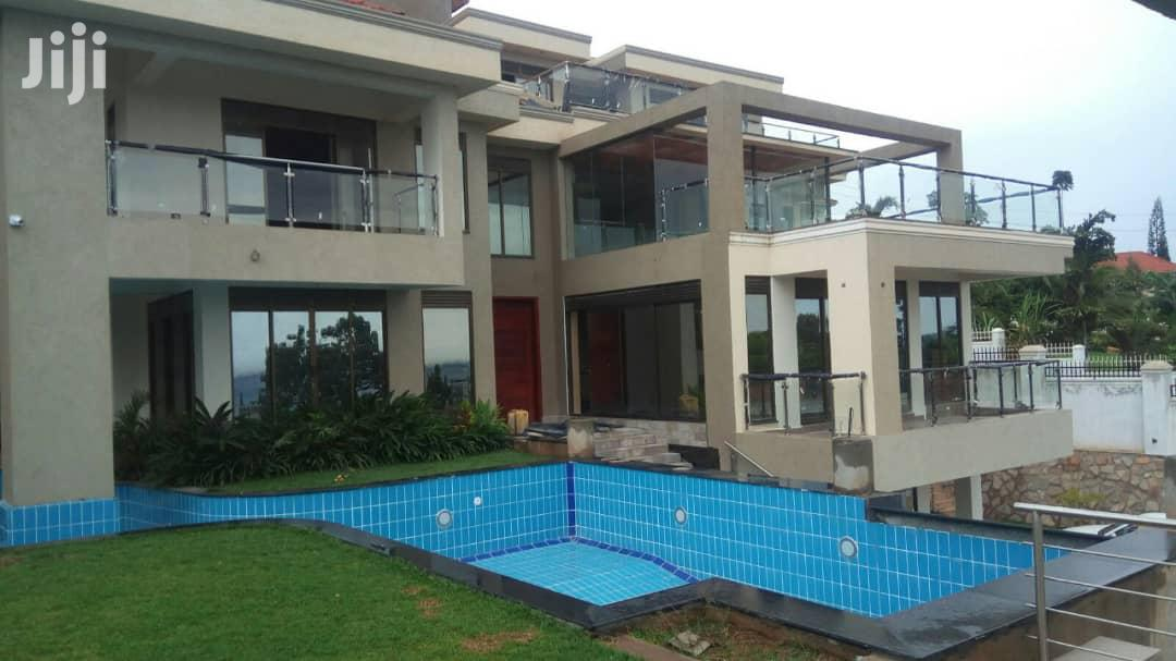 Archive: Mansion for Sale in Mutungo